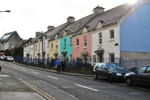 Širše predmestje Dublina sega na severu do mesteca Howth in na jugu do Blackrocka.